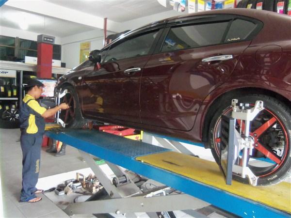6602525048742 - Surya Ban Bengkel Mobil Pekanbaru