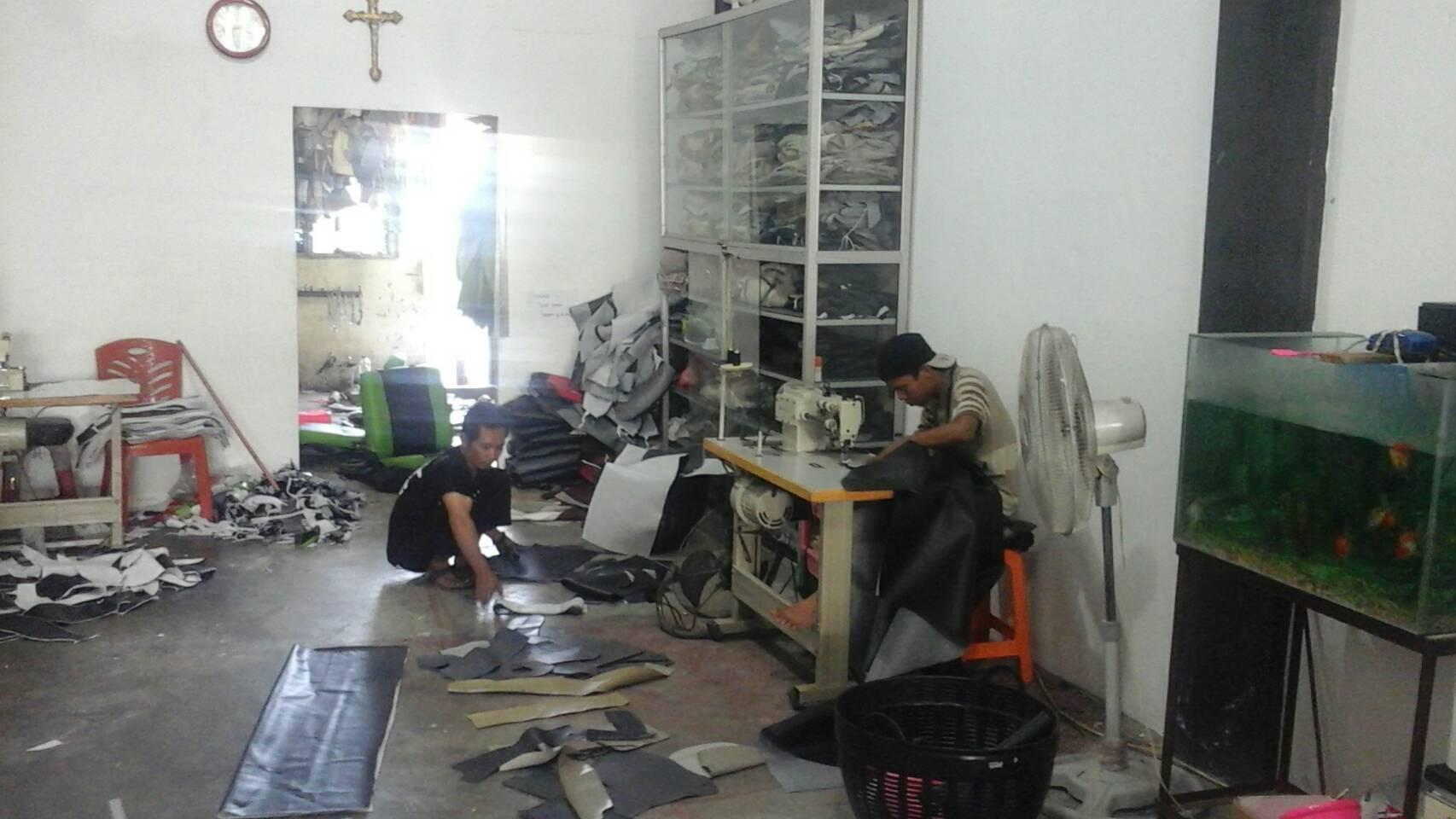 5027 - Cahaya Automotif | pembuatan dan pemasangan sarung jok pekanbaru