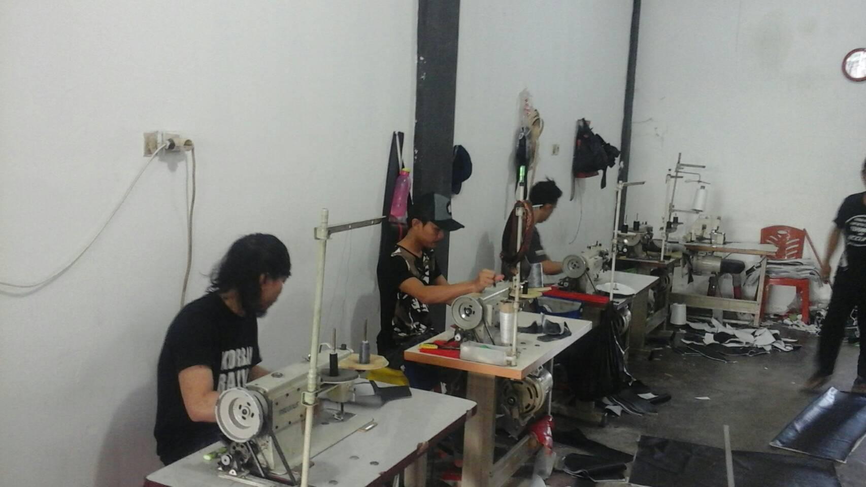 5028 - Cahaya Automotif | pembuatan dan pemasangan sarung jok pekanbaru