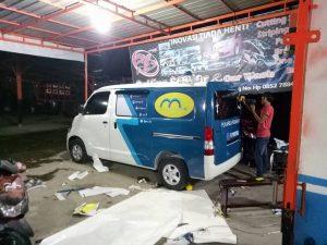 17201306 10207026975113267 3358260129197871670 n 300x225 - Jasa pembuatan Stiker Mobil Dan Motor Bangkinang
