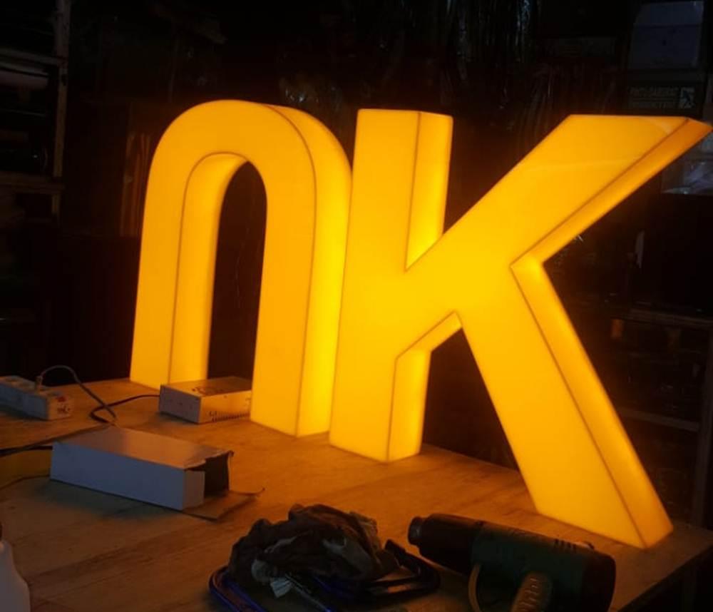 Bandung Kreatif 15 - Spesialis Acrylic Dan Box Fiber Pekanbaru   Bandung Kreatif