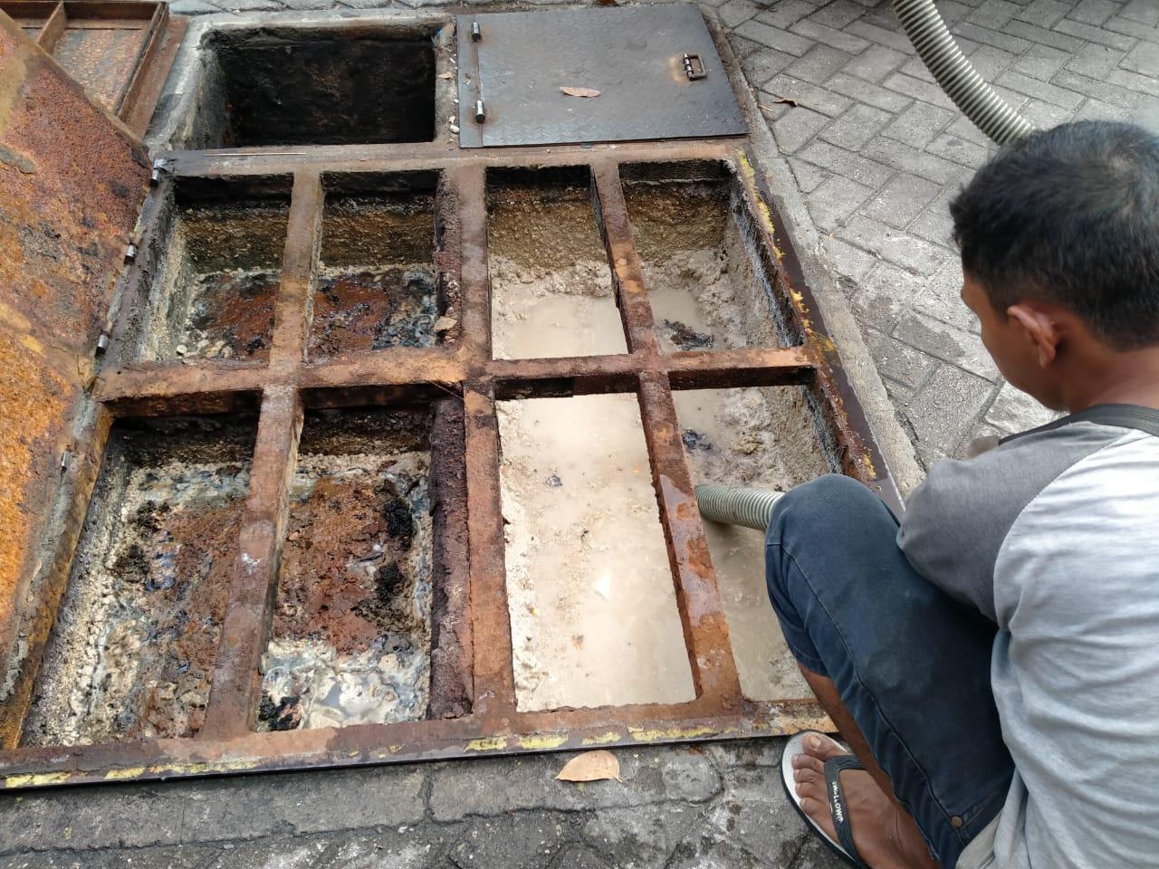 Ravindia Jasa Air Mampet 4 - Ravindia Jasa Air Mampet - Sedot Tinja Murah Pekanbaru