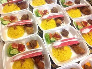 catering 300x224 - Peluang Usaha di Bulan Ramadhan yang Menguntungkan, Coba Yuk!!