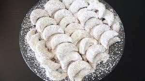 images 60 1 300x168 - Resep Kue Kering Lebaran Klasik Serba Keju yang Enak, Renyah, dan Gurih