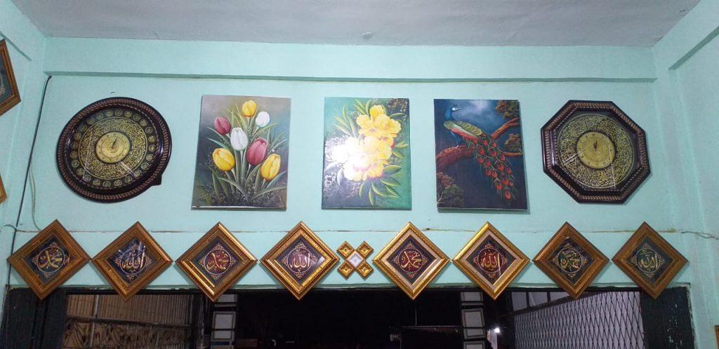 Galeri Bingkai Emas 5 - Galeri Bingkai Emas - Jasa Galeri Seni Pekanbaru