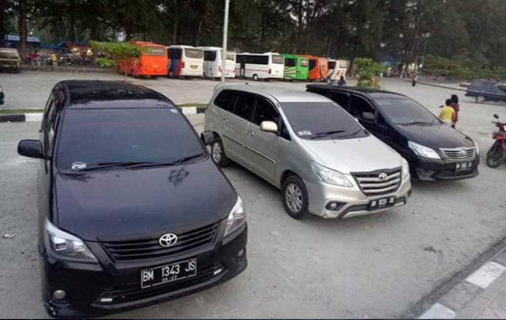 PT Mahkota Tria Wisata 2 - PT Mahkota Tria Wisata - Travel Jurusan Pekanbaru Air Molek Pekanbaru
