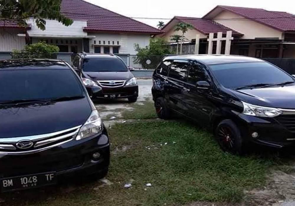 Cv Riau Tour 2 - Travel Jurusan Pekanbaru Padang Panjang - Cv Riau Tour Travel