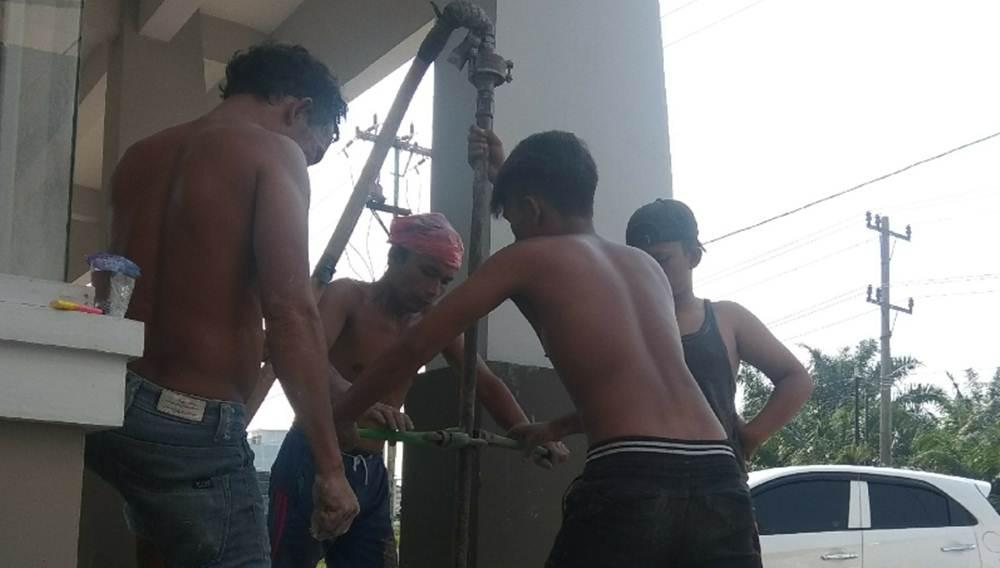 Yudhi Bor 2 - Yudhi Bor Jasa Sumur Bor dan Service Pompa Air Pekanbaru