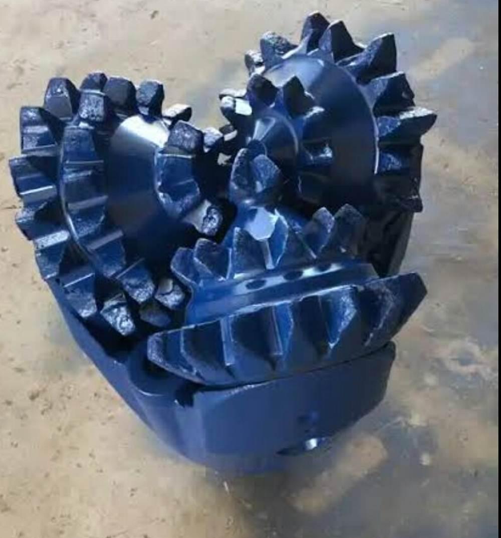 Bengkel Las Rido Tunas Mekar 32 - Bengkel Las Rido Tunas Mekar - Spesialis Pembuatan Speed Boad dan Mata Bor Sumur Bor Pekanbaru