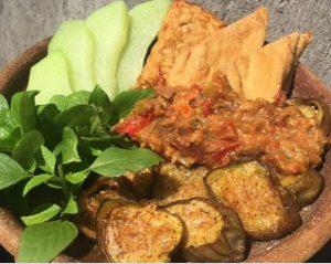 Ayam Bakar Ranggo Lawe 11 300x239 - Ayam Bakar Ronggolawe - Warung Ayam Bakar Enak Pekanbaru