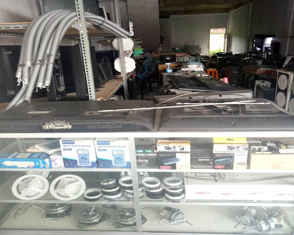 Mandiri Teknik 2 - Mandiri Teknik - Service dan Jual Beli Elektronik Pekanbaru