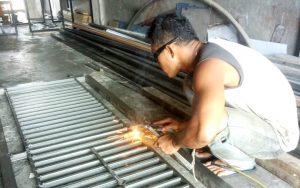 Bengkel las Cahaya Stainless Steel 3 300x188 - Bengkel las Cahaya Stainless Steel Pekanbaru