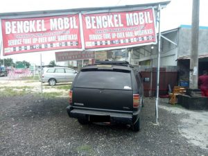 Danang Blazer 3 300x225 - Danang Blazer - Bengkel Spesialis Blazer Pekanbaru